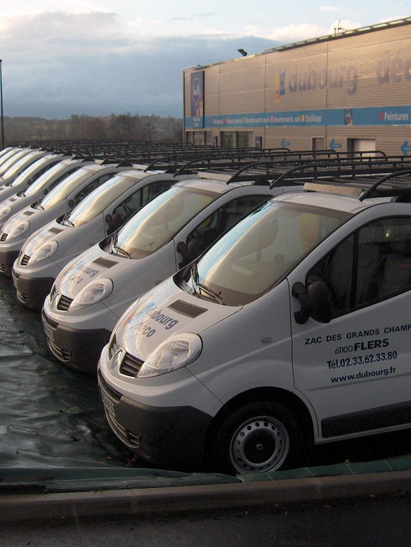 Dubourg Déco - Flotte camions - Nous contacter