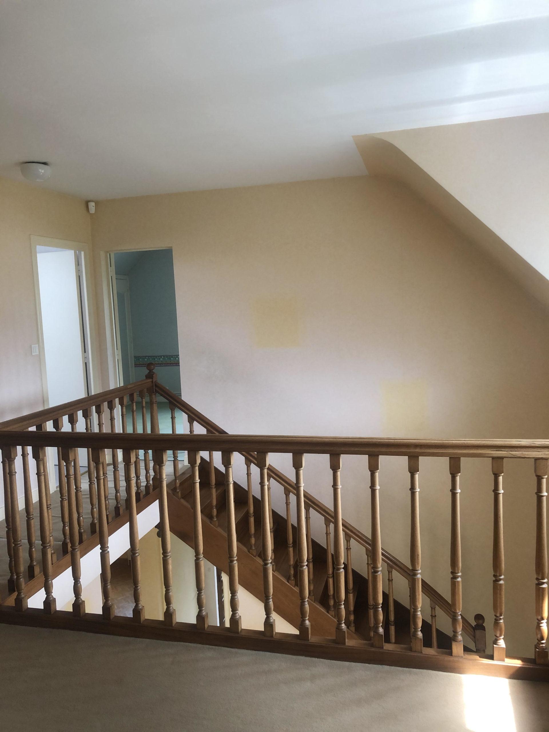etage-escalier-avant