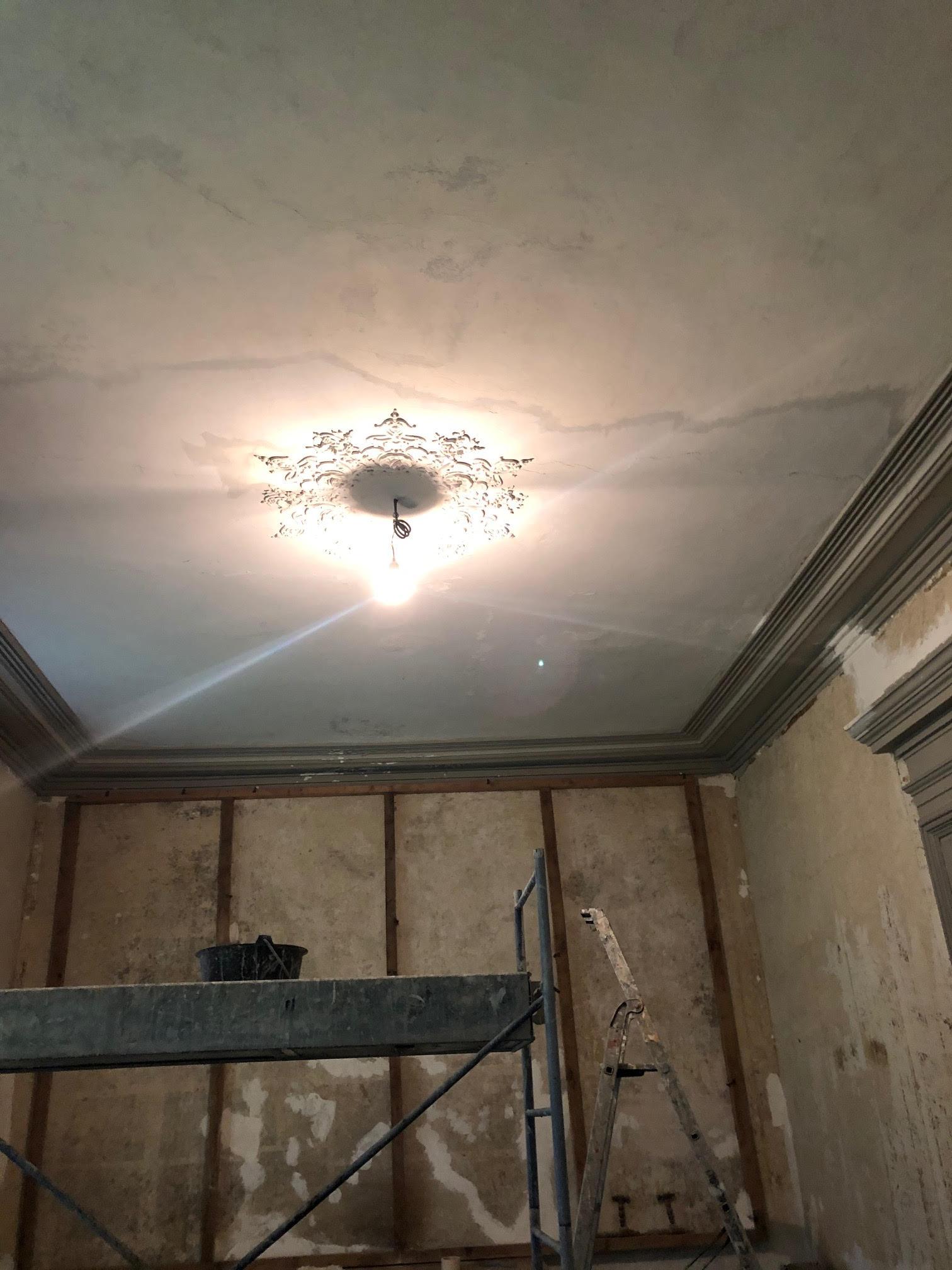 interieurs-plafond-avant